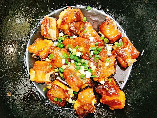 Cách làm sườn xào chua ngọt bất bại, ngon từ thịt ngọt từ xương