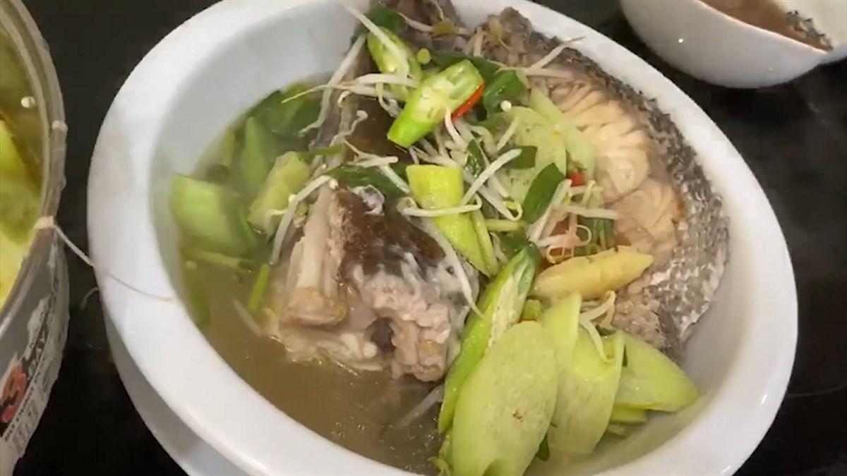 3 cách làm cá mú nấu canh chua thơm ngon đậm đà cho bữa cơm gia đình