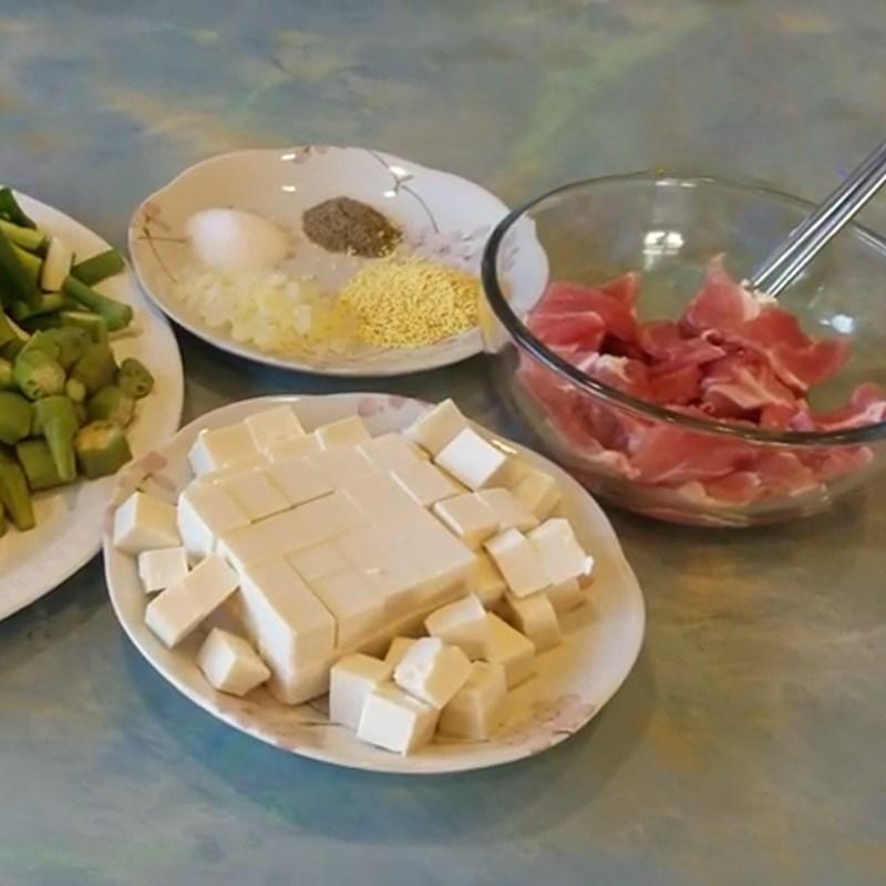 3 cách nấu canh đậu bắp nấu chua, nấu ngọt đơn giản thơm ngon