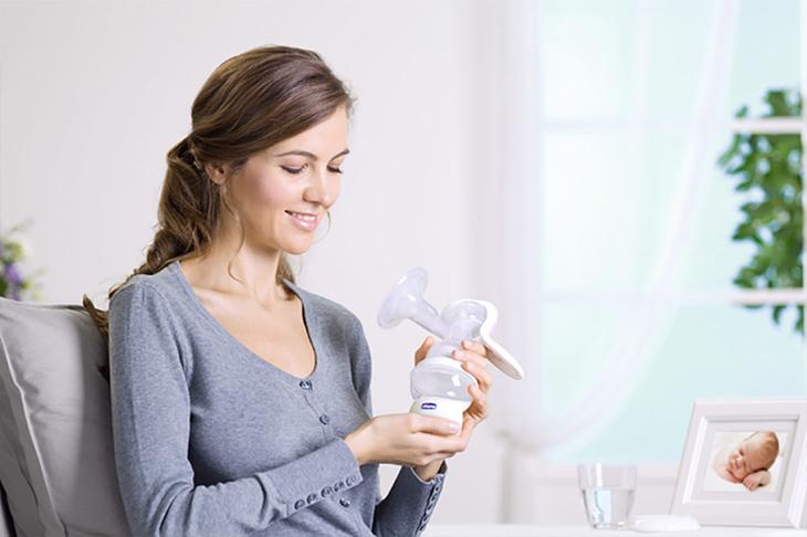 cách kích sữa mẹ hiệu quả bằng máy hút sữa, kinh nghiệm kích sữa