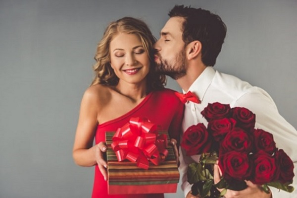 sinh nhật bạn gái nên làm gì? tuyệt chiêu chọn quà cho bạn gái