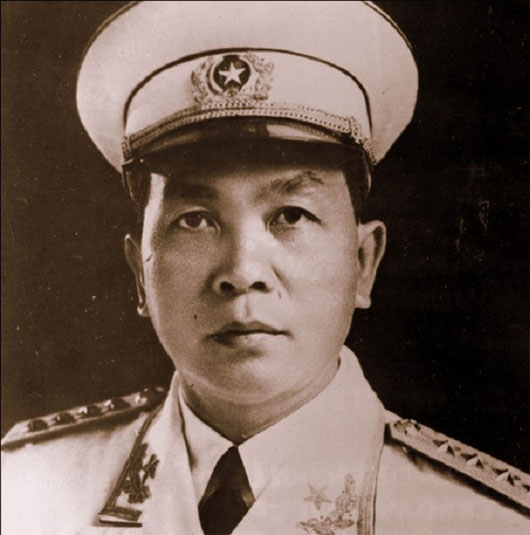 10 vị tướng vĩ đại nhất trong lịch sử thế giới dohội đồng khoa học hoàng gia anh xét phong